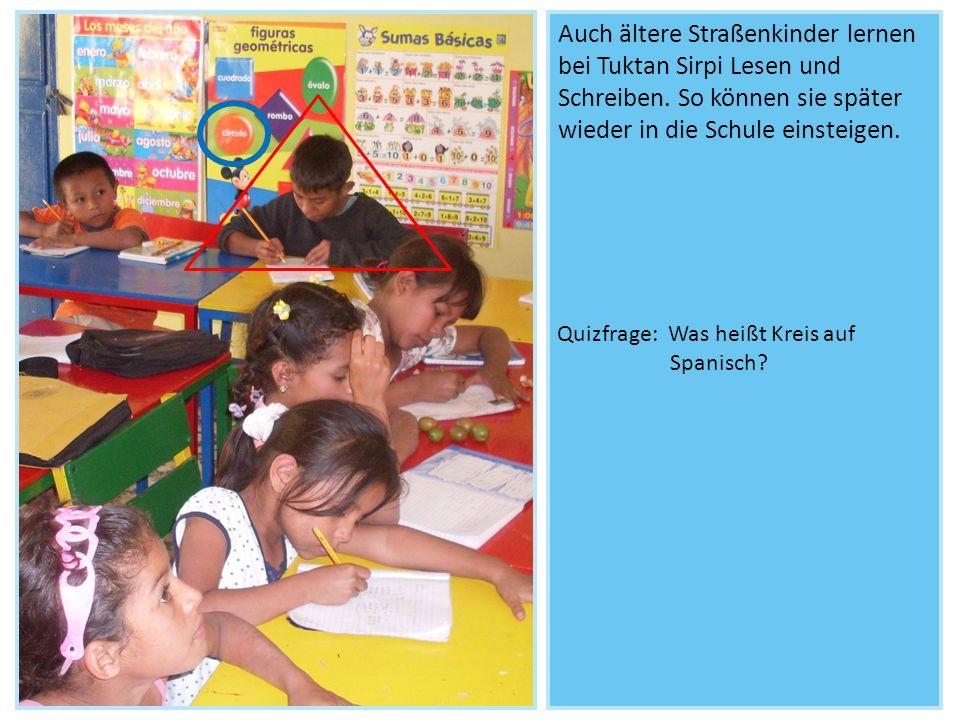 Auch ältere Straßenkinder lernen bei Tuktan Sirpi Lesen und Schreiben. So können sie später wieder in die Schule einsteigen. Quizfrage: Was heißt Krei