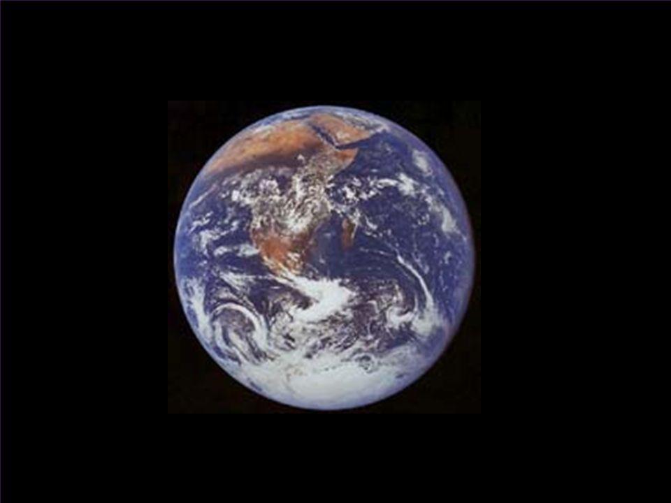 Größenordnungen im Universum Objekt(e) Echte Größenordnung Maßstab 1 : 3.09×10 25 1 Mpc 1 mm Radius der Milchstraße0.03 Mpc0.03 mm Dicke der Milchstraße0.005 Mpc0.005 mm Radius der Milchstraße inklusive Halo 0.1 Mpc0.1 mm Radius der meisten Galaxien0.1 - 1 Mpc0.1 - 1 mm typischer Abstand zweier Galaxien1 Mpc1 mm Radius eines Galaxienhaufens (Cluster, ca 1000 Galaxien) 5 Mpc5 mm typischer Abstand zweier Galaxienhaufen50 Mpc5 cm Radius eines Superhaufens100 Mpc10 cm Radius eines Leerraums (Void, größte beobachtete Strukturen) 200 Mpc20 cm Radius des sichtbaren Universums3000 Mpc3 m 1 Mpc = 1 Megaparsec = 3.26 Millionen Lichtjahre