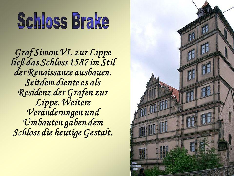 Graf Simon VI.zur Lippe ließ das Schloss 1587 im Stil der Renaissance ausbauen.
