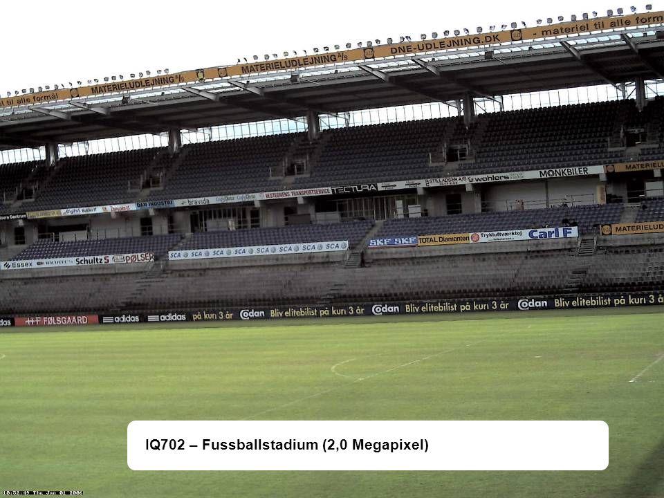 IQ702 – Fussballstadium (2,0 Megapixel)