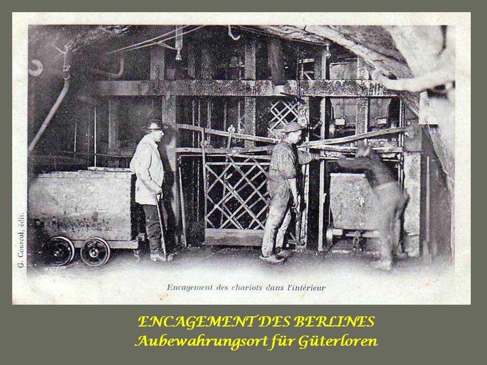 BOISAGE DUNE TAILLE Arbeiter beim stellen eines Stempels