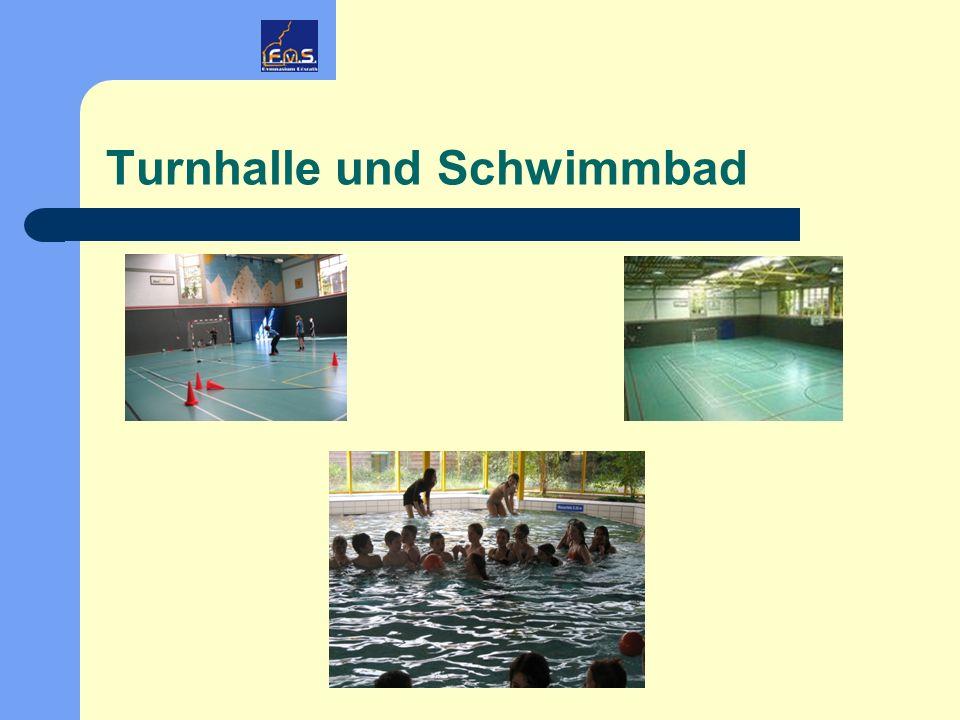Turnhalle und Schwimmbad