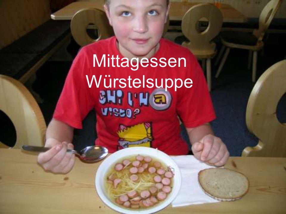 Mittagessen Würstelsuppe