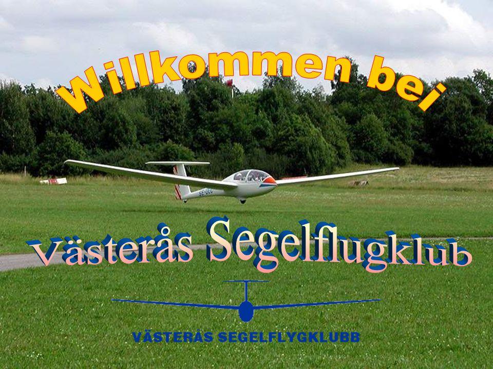 Kurze Einführung Västerås Segelflygklubb ist ein durchschnittlicher schwedischer Segelflugverein mit etwa 90 Mitgliedern, von denen etwa 45 aktiv sind.