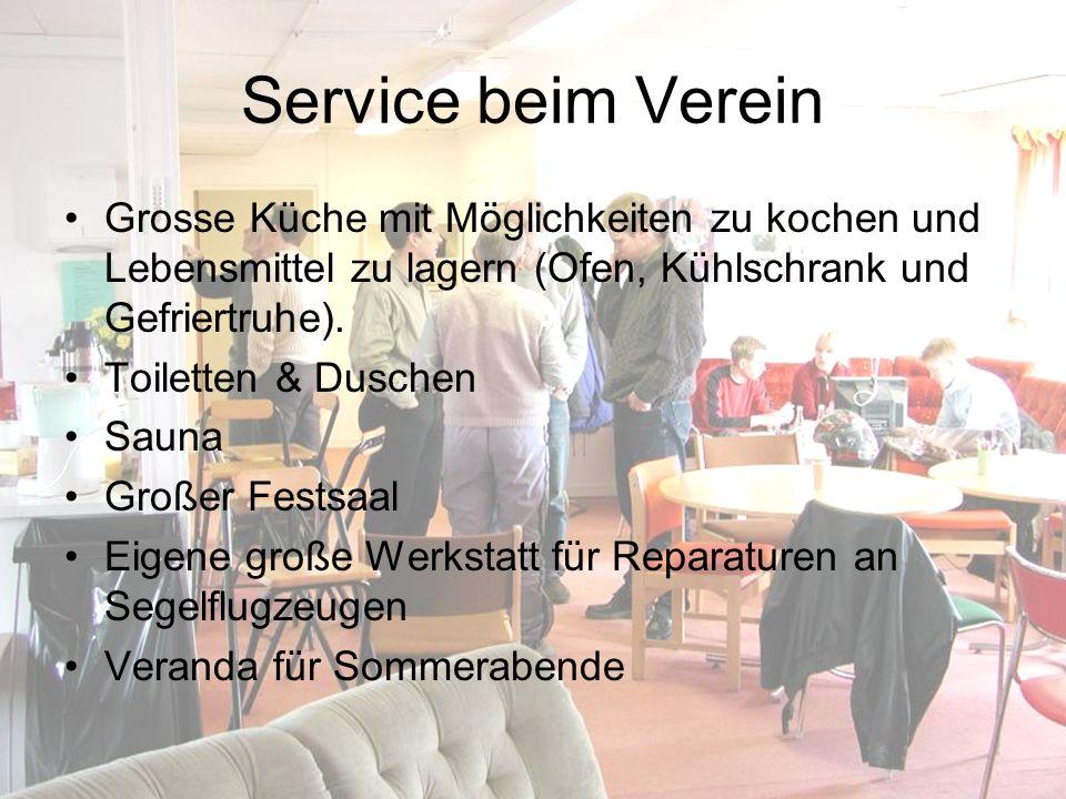 Service beim Verein Grosse Küche mit Möglichkeiten zu kochen und Lebensmittel zu lagern (Ofen, Kühlschrank und Gefriertruhe). Toiletten & Duschen Saun