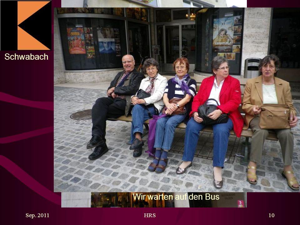 Schwabach Sep. 2011HRS10 Wir warten auf den Bus