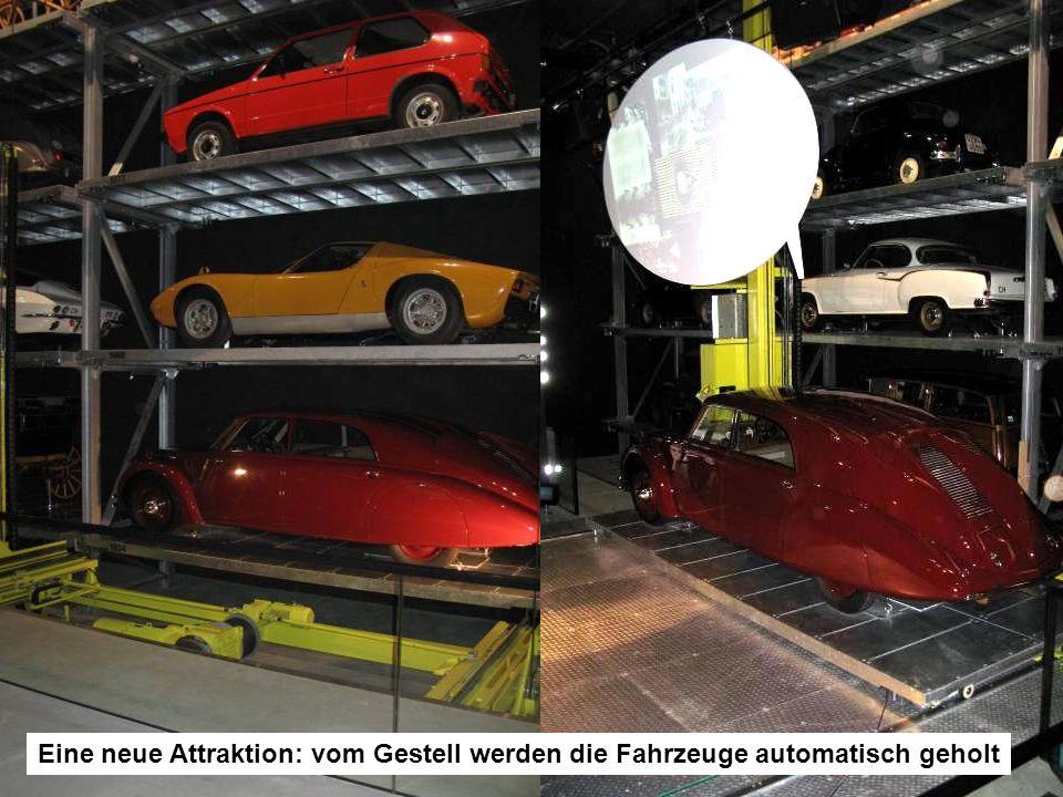 Eine neue Attraktion: vom Gestell werden die Fahrzeuge automatisch geholt