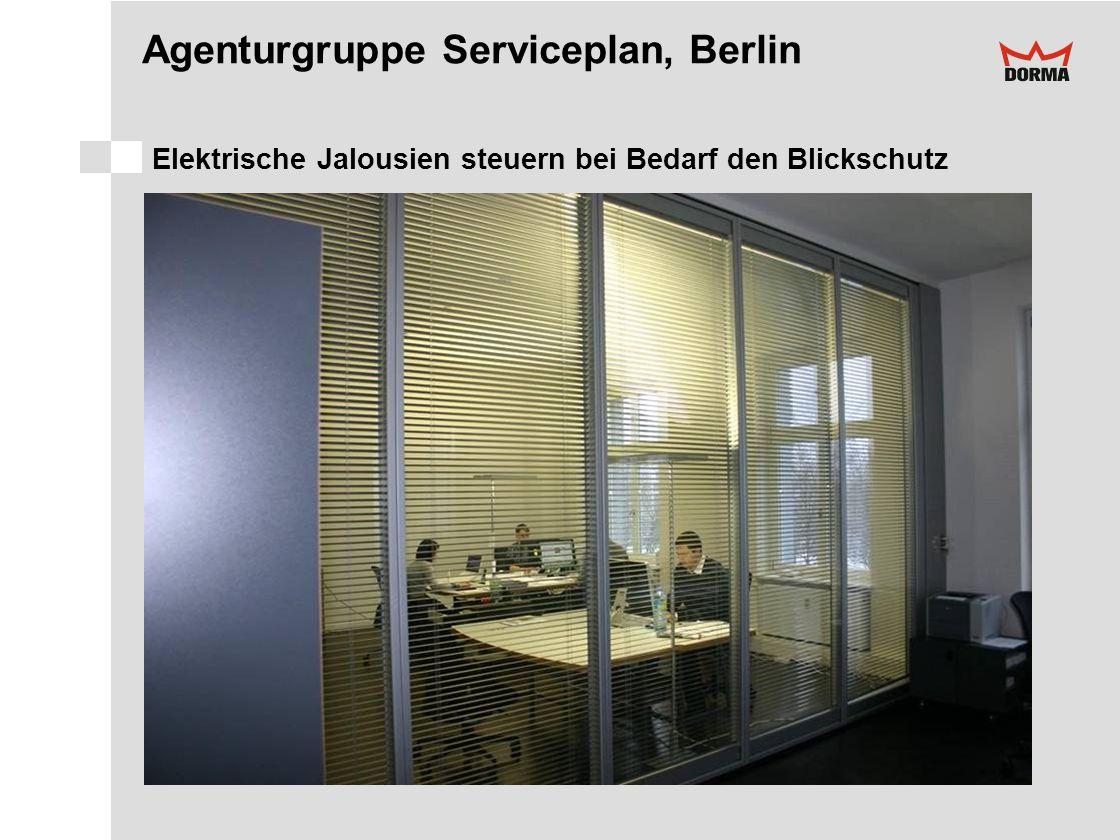 Agenturgruppe Serviceplan, Berlin Elektrische Jalousien steuern bei Bedarf den Blickschutz