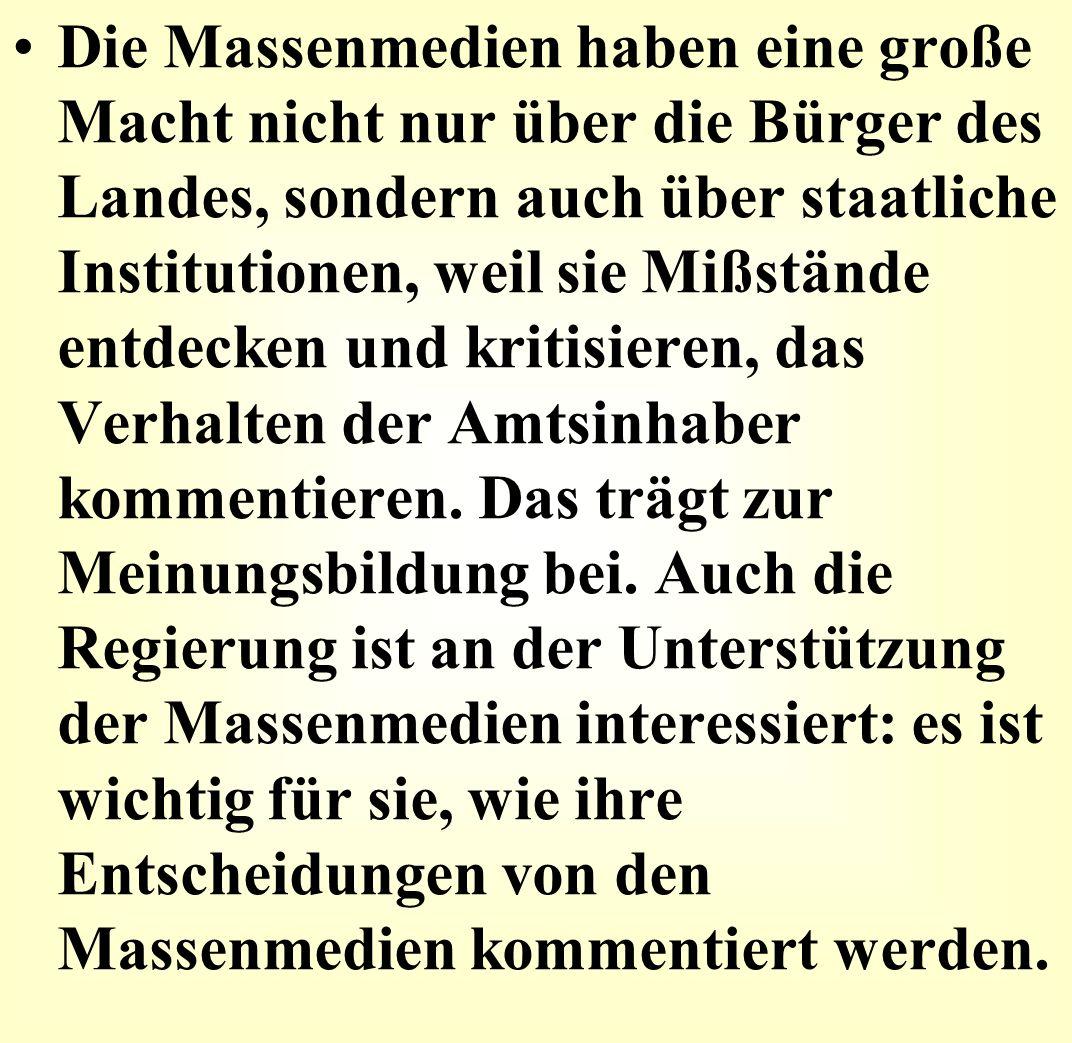 1454 Von Gutenbergpresse bis zum digitalen TV: Etappen deutscher Mediengeschichte Weitreichende Erfindung: Johannes Gutenberg gießt bewegliche Lettern aus Metall, setzt sie in eine Presse - und mit einem Hebelgriff sind gleich acht Seiten bedruckt.