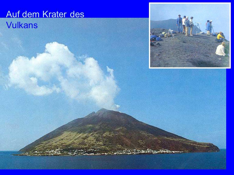 Auf dem Krater Auf dem Krater des Vulkans