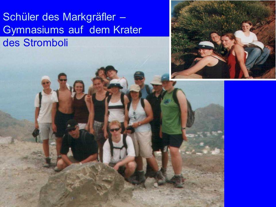 Markgräfler Schüler des Markgräfler – Gymnasiums auf dem Krater des Stromboli