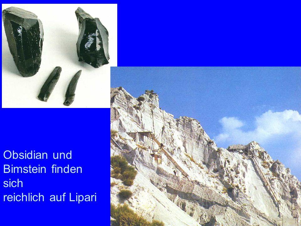 Prähistorische Obsidiansteine im Museum von Lipari