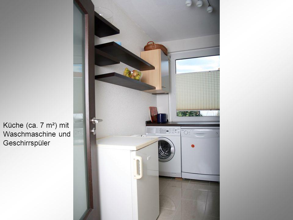 Küche (ca. 7 m²) mit Waschmaschine und Geschirrspüler