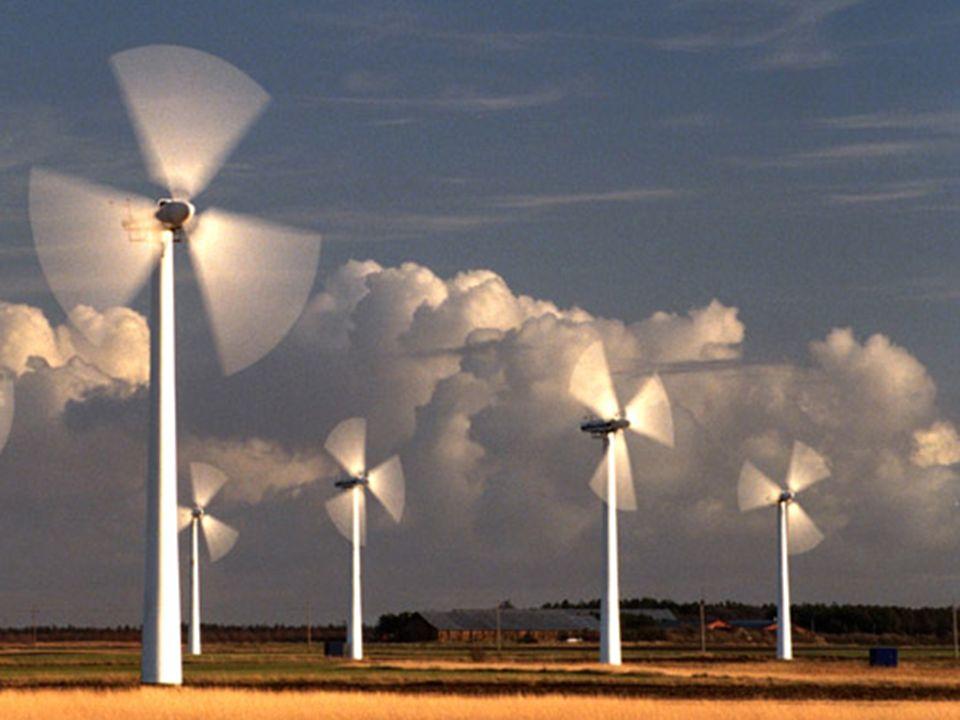Windkraftanlage Eine Windkraftanlage (WKA) wandelt die kinetische Energie des Windes in elektrische Energie um und speist sie in das Stromnetz ein. He