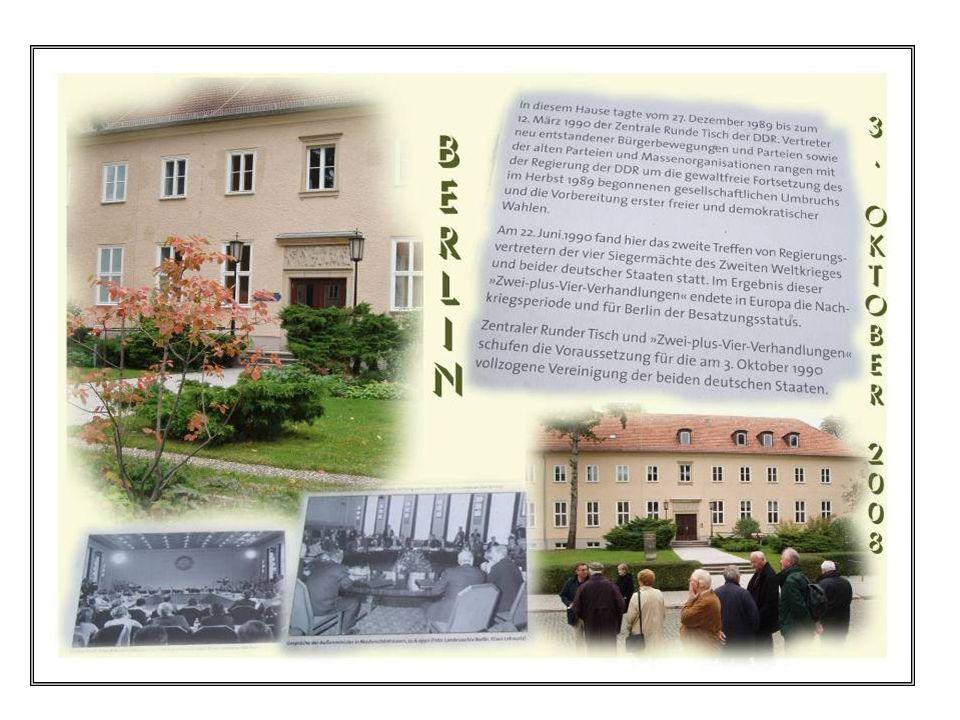 Wandlitz – Eingang zum vormaligen Regierungsquartier - jetzt Brandenburgklinik