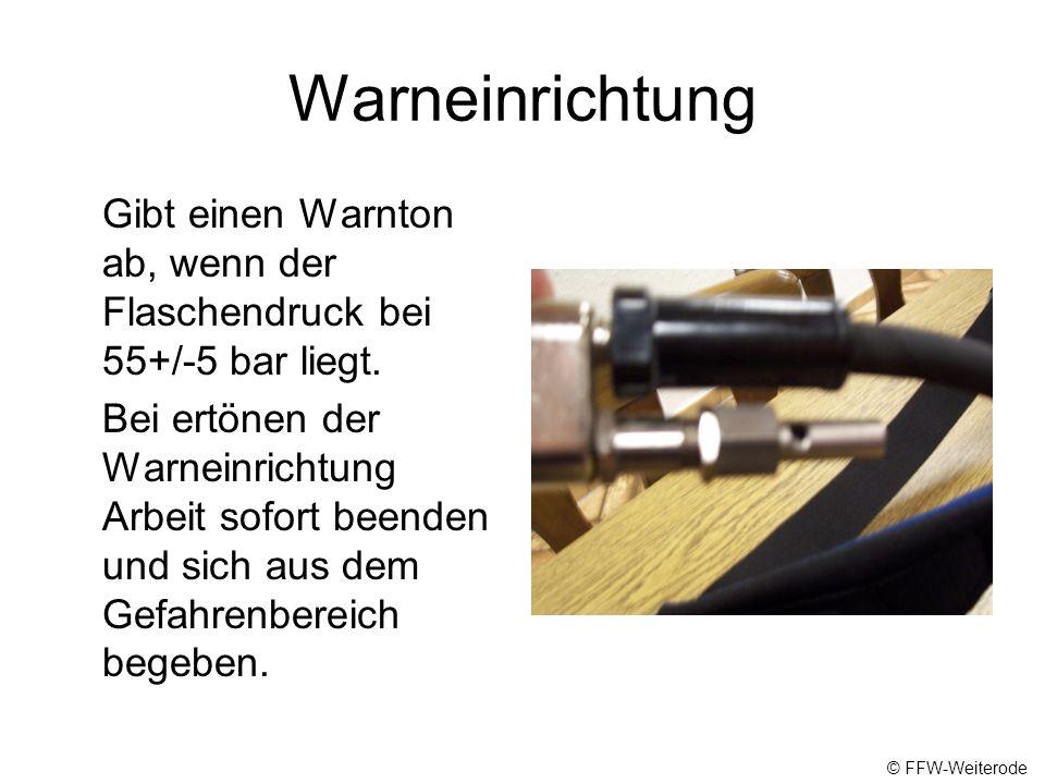 Manometer Zeigt den aktuellen Flaschendruck (bar) an, Wichtig vor und nach jeder getanen Arbeit Manometer- kontrolle durchführen. Reflektion der Skala
