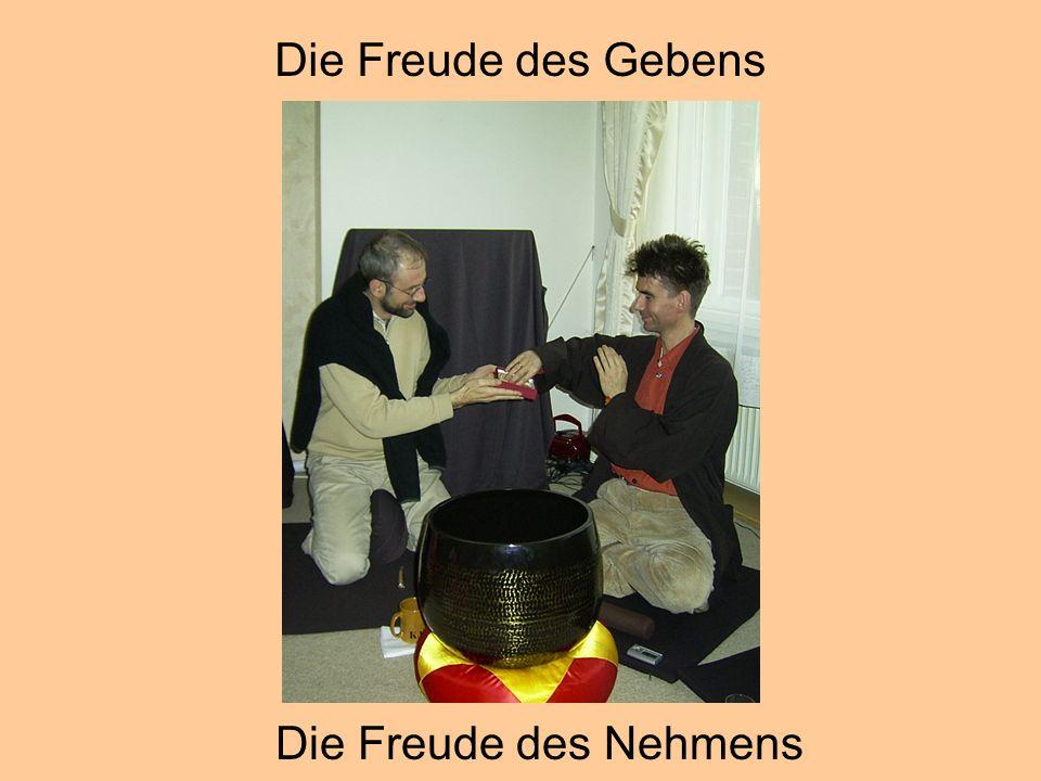 © Dr. Kai Romhardt www.romhardt.com www.achtsame-wirtschaft.de Die Freude des Nehmens Die Freude des Gebens
