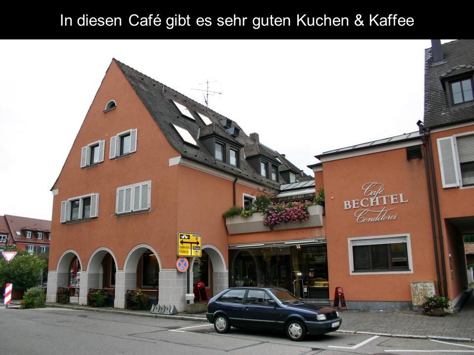 In diesen Café gibt es sehr guten Kuchen & Kaffee