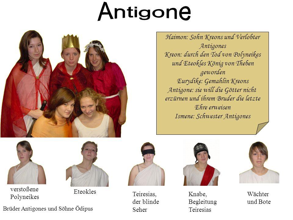 Kreon will die Götter über Antigone entscheiden lassen und sperrt sie in ein Felsengrab.