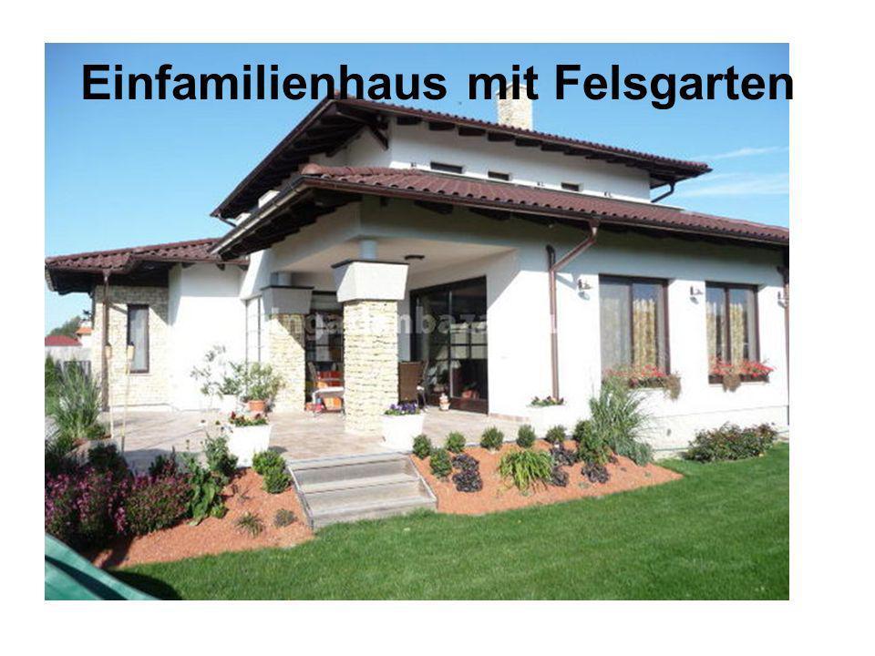 Einfamilienhaus mit Felsgarten