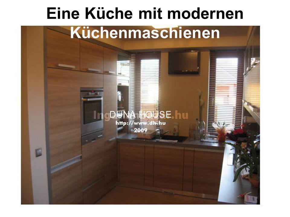 Eine Küche mit modernen Küchenmaschienen