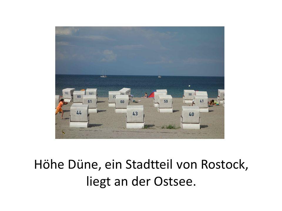 Höhe Düne, ein Stadtteil von Rostock, liegt an der Ostsee.