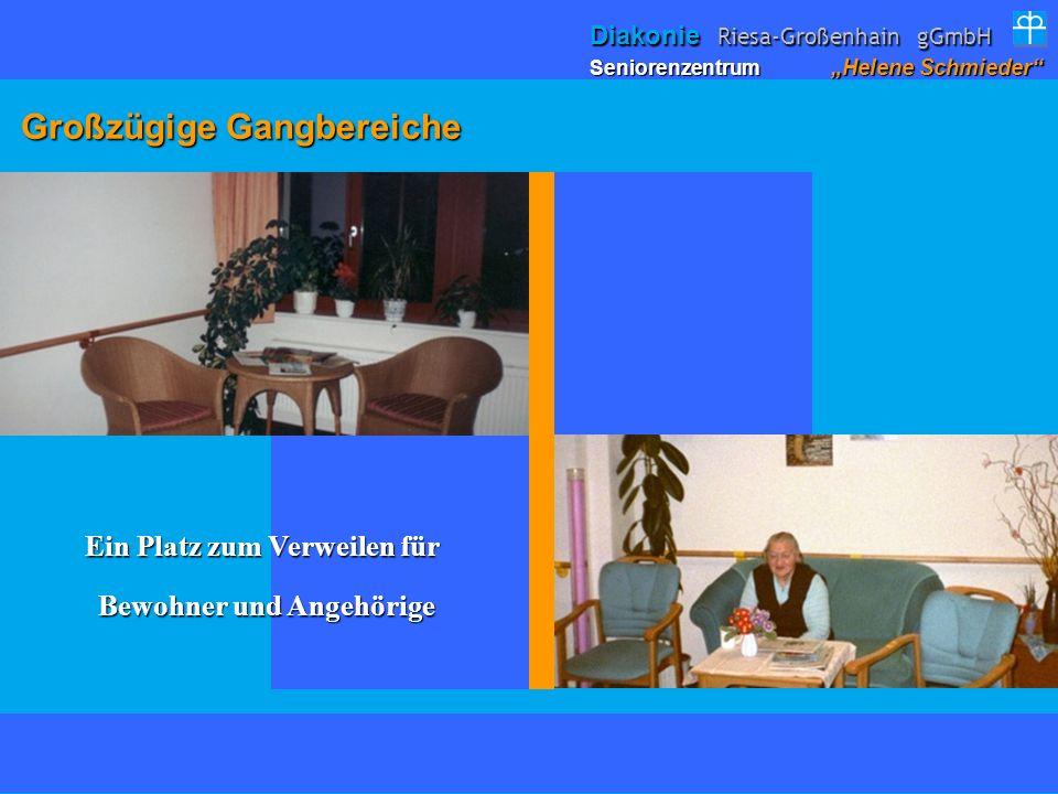 Großzügige Gangbereiche Großzügige Gangbereiche Ein Platz zum Verweilen für Bewohner und Angehörige Bewohner und Angehörige Seniorenzentrum Helene Sch