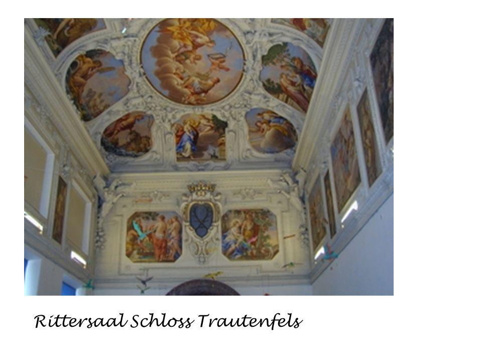 Es gibt immer sehenswerte Ausstellungen Schloss Trautenfels