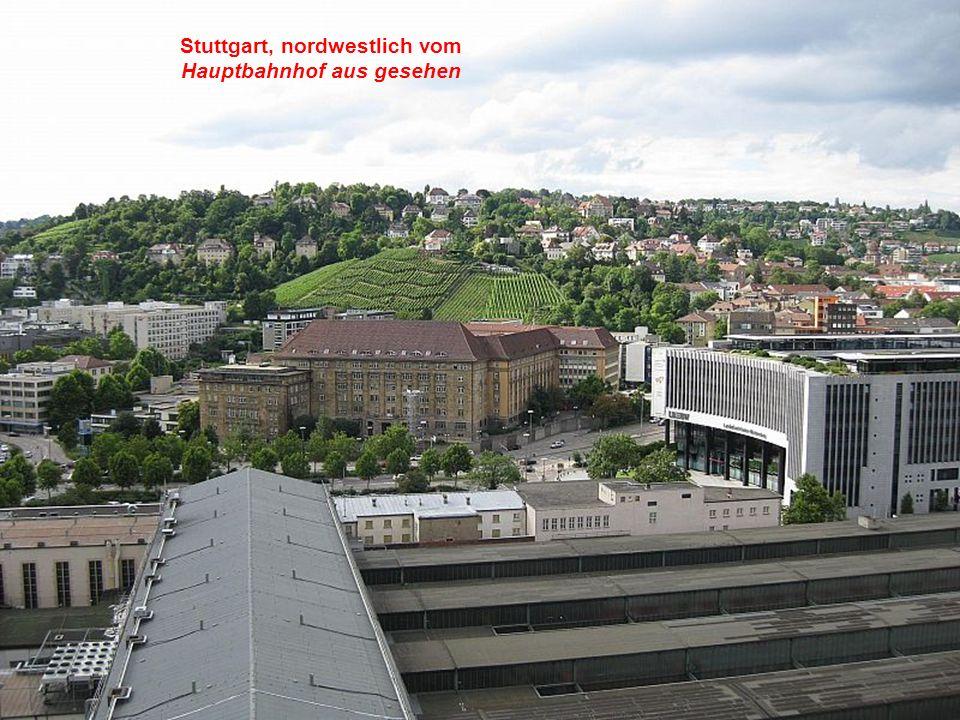 Hauptbahnhof, Ein Bahnhof, ähnlich gestaltet wie andere in Deutschland.