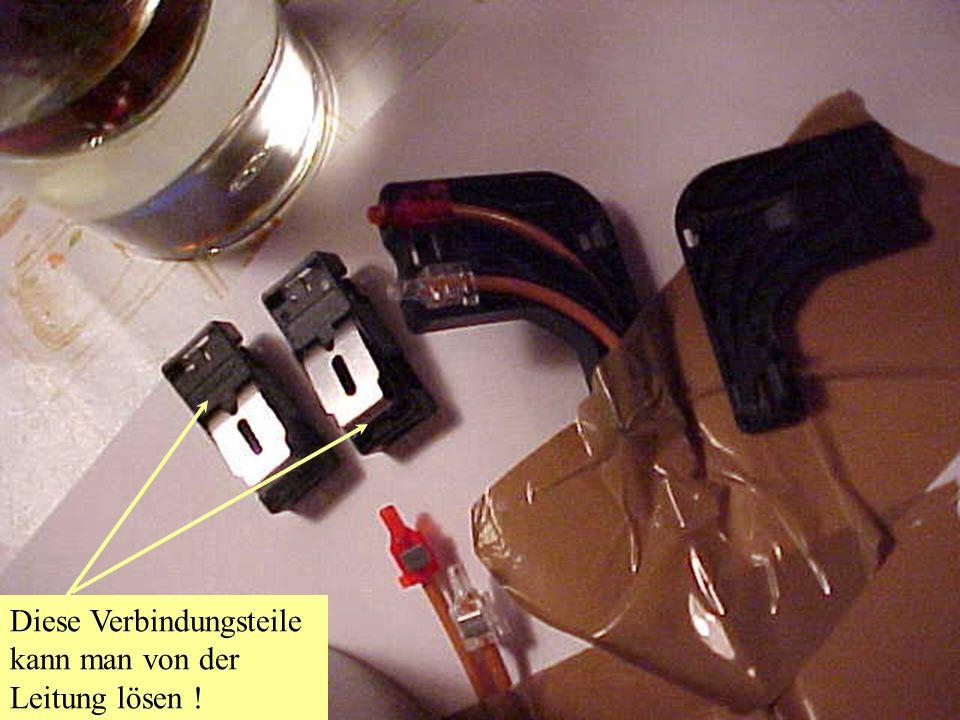 Habe herausgefunden das man diesen Stecker auch von der Leitung lösen kann !!!