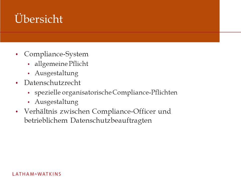 Allgemeine Pflicht zur Schaffung eines Compliance-Systems (1) Keine allgemeine Rechtspflicht, ein Compliance-System zu schaffen Aber: Konsequenzen bei Verletzung der Aufsichtspflicht in Betrieben und Unternehmen nach § 130 OWiG Einzelfallbetrachtung je nach Kriterien wie Branche, Unternehmensgröße, Internationalisierungsgrad, Konzernstruktur oder Börsennotierung Schaffung eines Compliance-Systems dient vornehmlich der Reduzierung interner und externer Haftungsrisiken Extern: Nachweis der Einhaltung von Sorgfaltspflichten Intern: Exkulpationsmöglichkeiten der Geschäftsleitung im Falle des Vorwurfs von Pflichtverletzungen