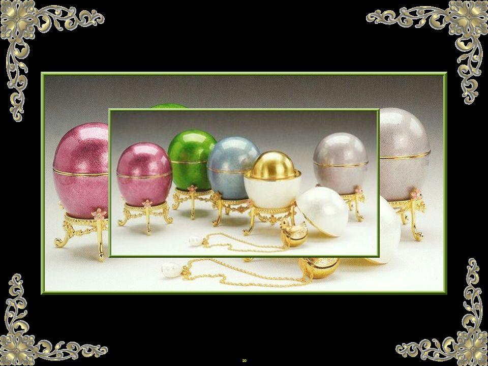 19 Es war im Jahre 1885 als Alexander III das erste Ei für seine Frau, Zarin Maria Fjodorowna bestellte. Der Brauch, die Eier am Ostermorgen zu schenk