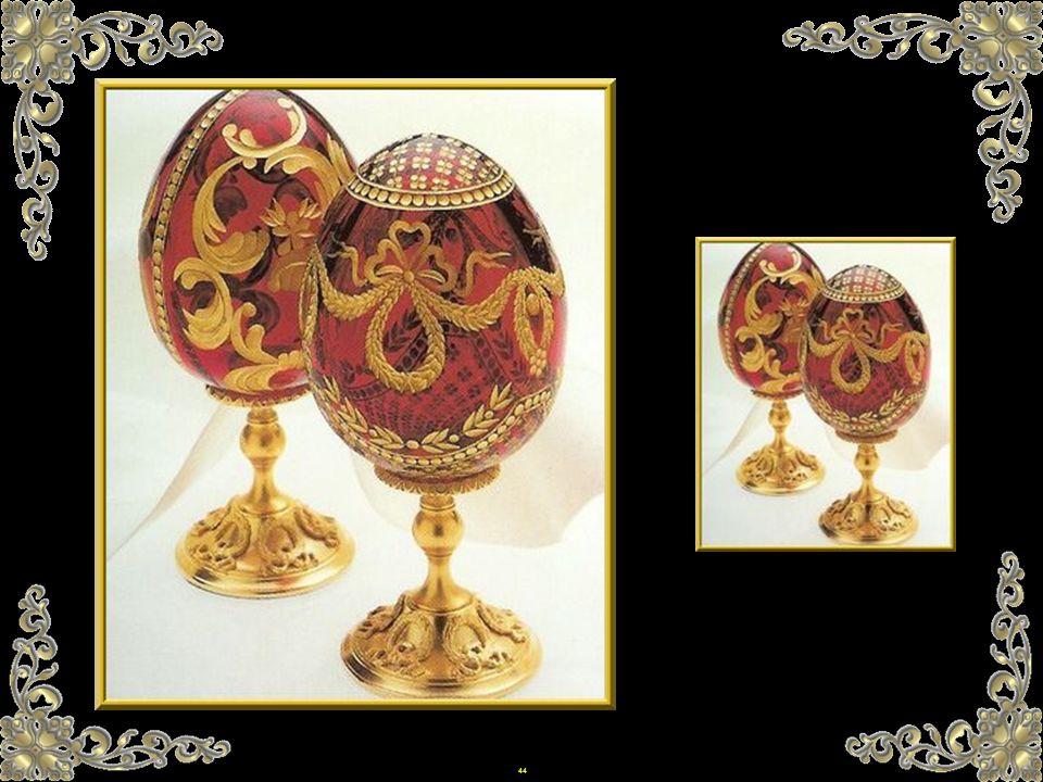 43 Von den 47 kaiserlichen Eiern, die wir kennen, werden zehn in Moskau, im Kreml aufbewahrt, elf sind in der Forbes- Sammlung in New York, sechzehn w