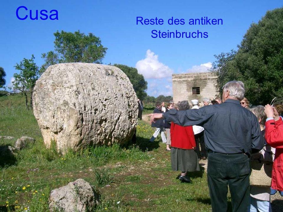 Reste des antiken Steinbruchs Cusa