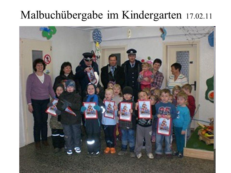 Malbuchübergabe im Kindergarten 17.02.11