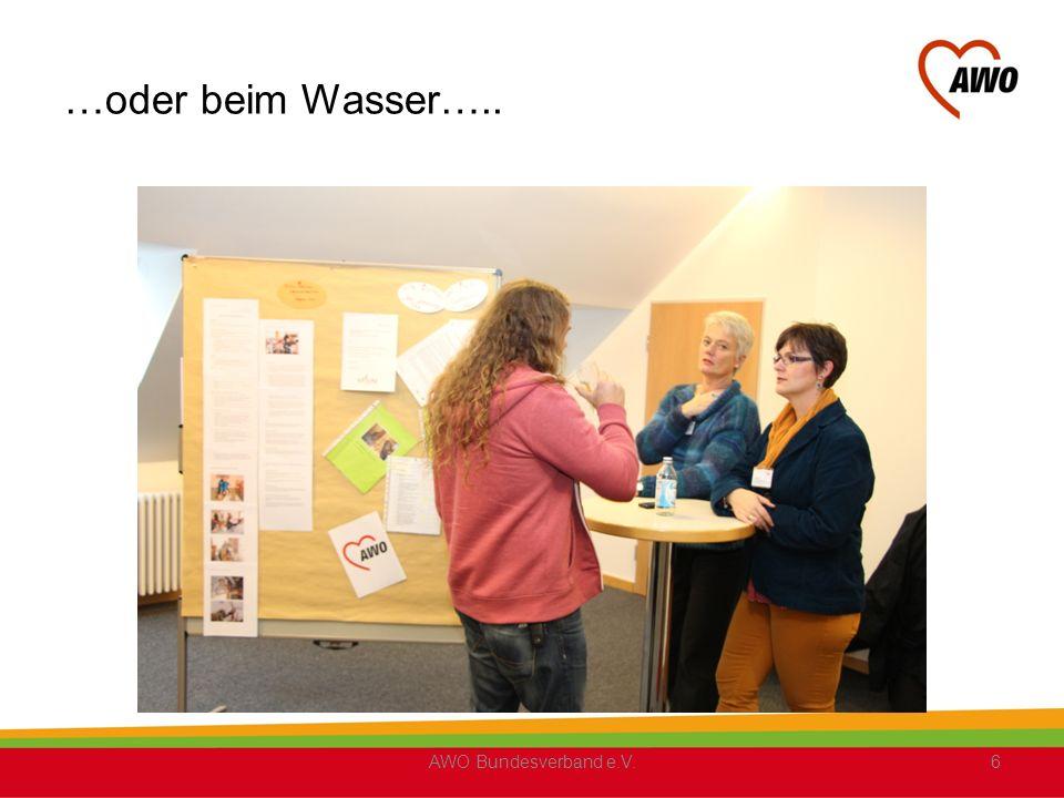 Mit den Fortbildungsbescheinigungen: AbsolventInnen der Prozessbegleiterreihen : 1 (AWO Ostwestfalen-Lippe e.V.