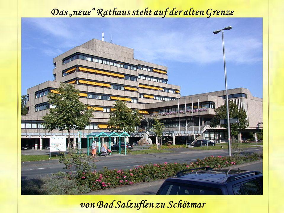 Historisches Rathaus, Am Markt. Das zu Ostern 1530 schon in Benutzung (neuere Untersuchungen nennen 1545- 1547) befindliche Rathaus wurde sowohl für d