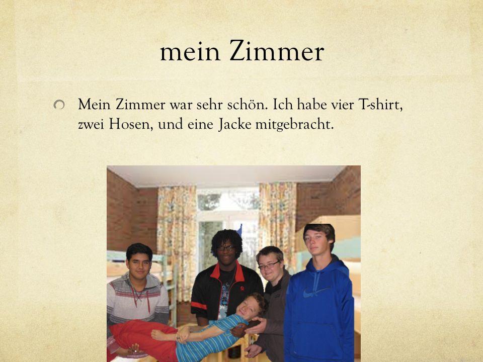 mein/e Mitbewohner/in Meine Mitbewohner waren Kurt, Hans, und Simon.