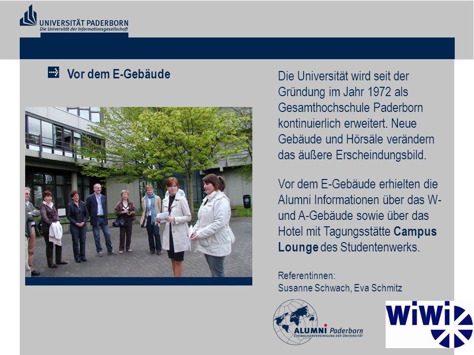 Die Universität wird seit der Gründung im Jahr 1972 als Gesamthochschule Paderborn kontinuierlich erweitert. Neue Gebäude und Hörsäle verändern das äu