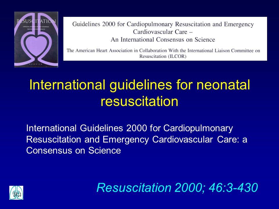 B – Atmung Sauerstoff Die optimale O 2 -Konzentration für eine neonatale Reanimation ist umstritten Neuere Studien zeigen, dass im Rahmen einer neonatalen Reanimation eine Beatmung mit Raumluft ebenso effektiv – oder sogar effektiver - sein kann wie eine Beatmung mit 100% Sauerstoff Weitere Studien sind aber notwendig, bevor dies als generelle Empfehlung gelten kann