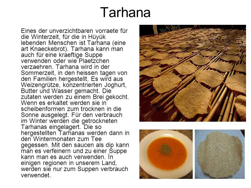 Tarhana Eines der unverzichtbaren vorraete für die Winterzeit, für die in Hüyük lebenden Menschen ist Tarhana (eine art Knaeckebrot).