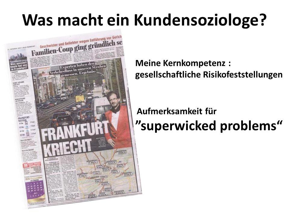 Bedrohung: Konzentration Was wäre, wenn DeinBus ab November 2013 mit ADAC und Deutsche Post zusammen am Fernbus-Markt agiert.