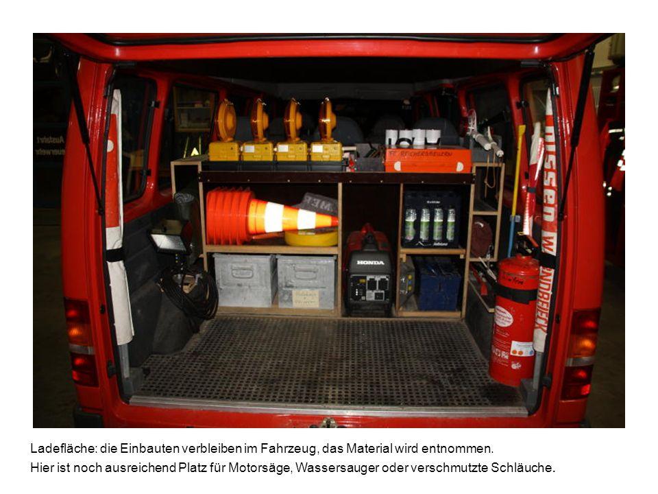 Ladefläche: die Einbauten verbleiben im Fahrzeug, das Material wird entnommen. Hier ist noch ausreichend Platz für Motorsäge, Wassersauger oder versch