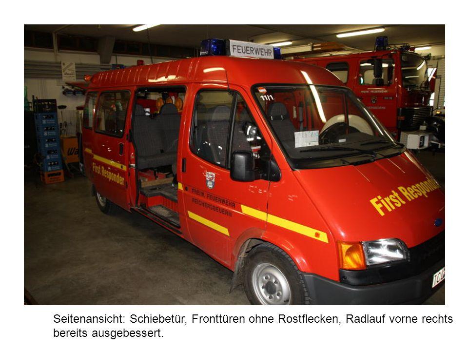 Innenansicht: Fahrzeug wurde als ELW genutzt.
