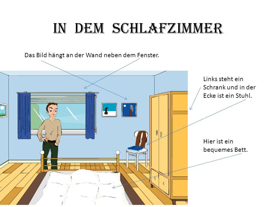 Hier ist ein bequemes Bett. Links steht ein Schrank und in der Ecke ist ein Stuhl. Das Bild hängt an der Wand neben dem Fenster. In dem Schlafzimmer