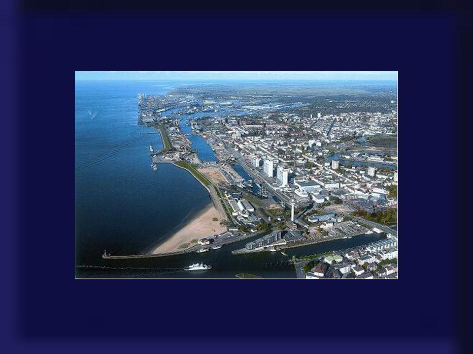 Die Seestadt Bremerhaven am Eingang zur Nordsee bietet Attraktionen und maritime Erlebnisse der unterschiedlichsten Art. Das Meer im Norden und das re