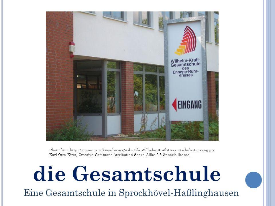 die Gesamtschule Photo from http://commons.wikimedia.org/wiki/File:Wilhelm-Kraft-Gesamtschule-Eingang.jpg.