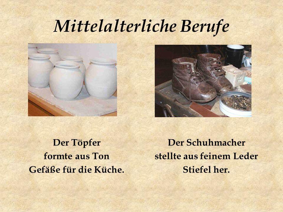 Mittelalterliche Berufe Der Töpfer formte aus Ton Gefäße für die Küche.