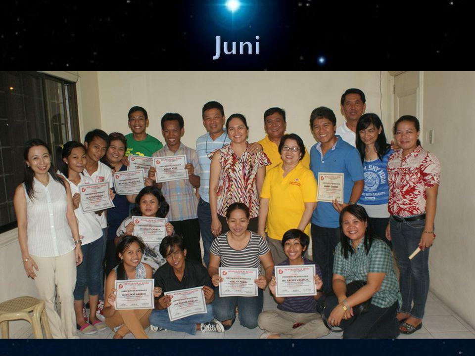 STEPS Sommerschulabschluss; einwöchiges STEPS Kindergartenlehrerseminar in Manila
