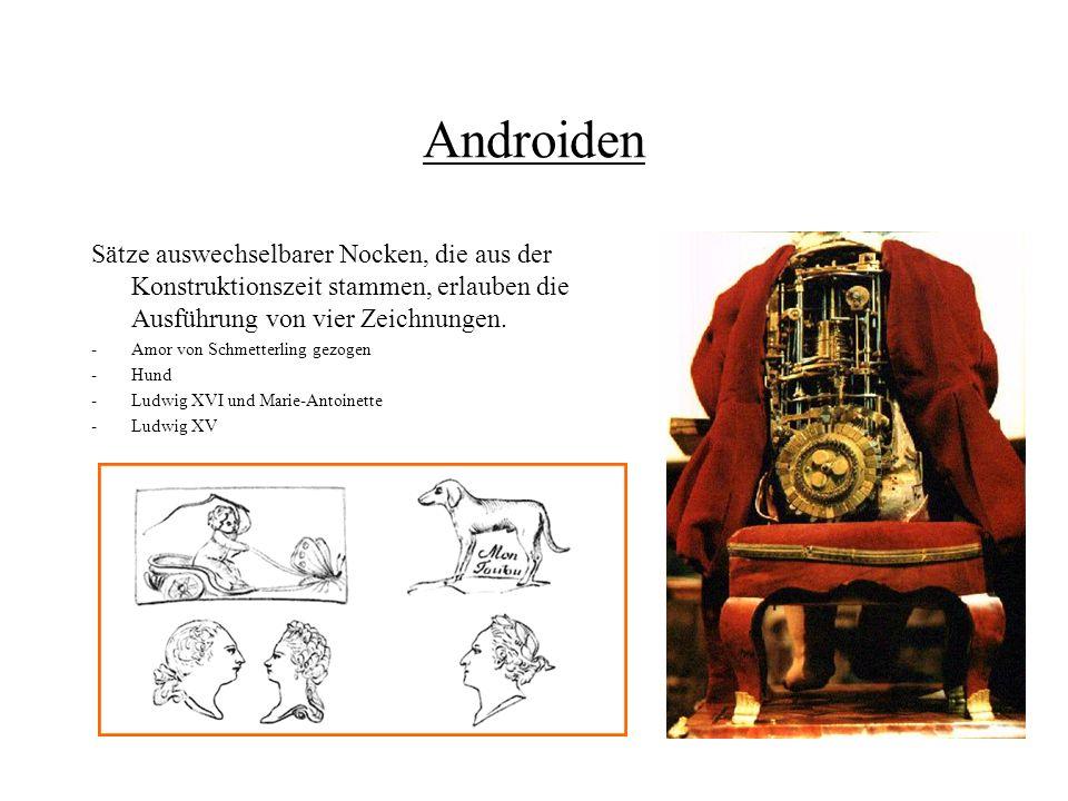 Androiden Sätze auswechselbarer Nocken, die aus der Konstruktionszeit stammen, erlauben die Ausführung von vier Zeichnungen. -Amor von Schmetterling g